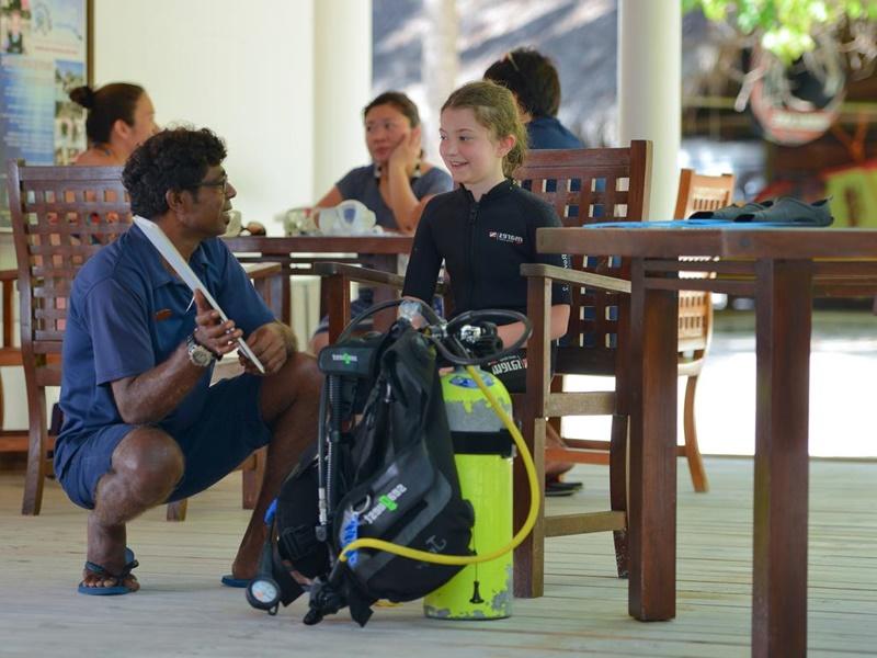 Çocuk Kulübü, Bandos Maldives