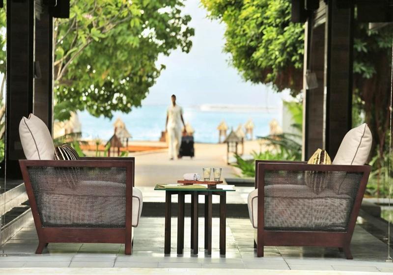 Oturma Alanı, Kurumba Maldives