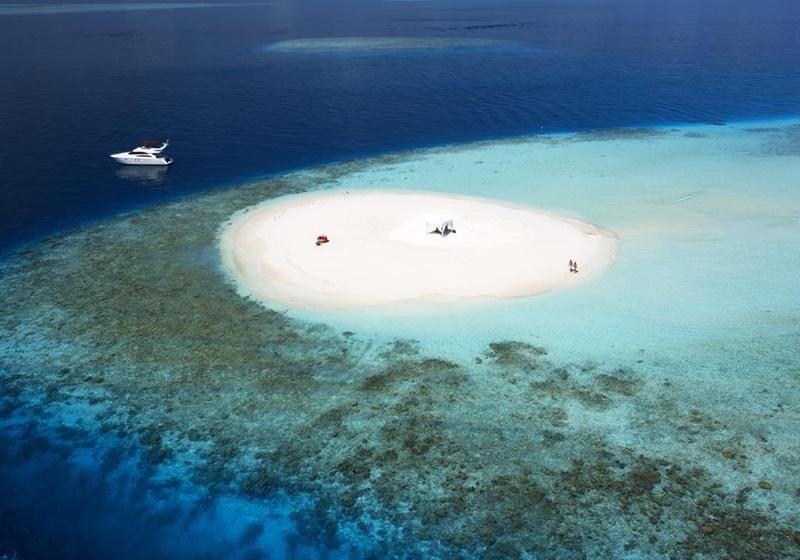 Oturma Alanları, Baros Maldives