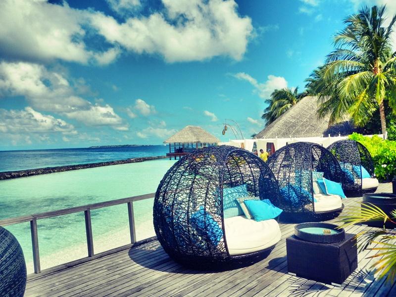 Oturma Alanları, Kurumba Maldivler