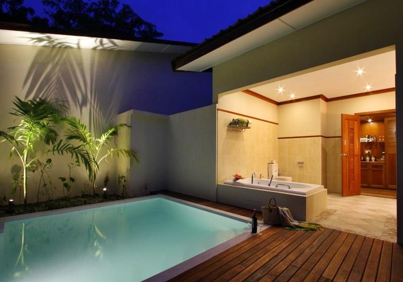 Özel Havuz, Kurumba Maldives
