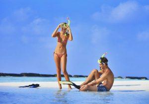 Tatilciler, Kurumba Maldives