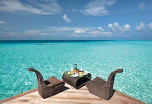 Açık Oturma Alanları, Constance Moofushi Maldivler