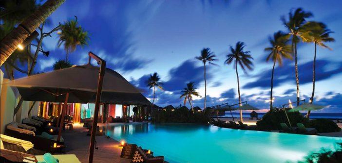 Havuz, Constance Halaveli Resort Maldivler