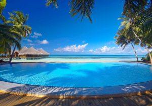 Havuz, Medhufushi Island Resort Maldives
