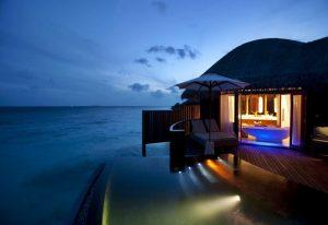 Havuzlu Villa, Constance Moofushi Maldivler