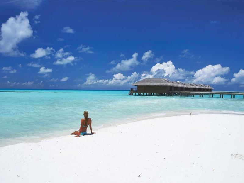 Medhufushi Resort Denizi, Maldivler