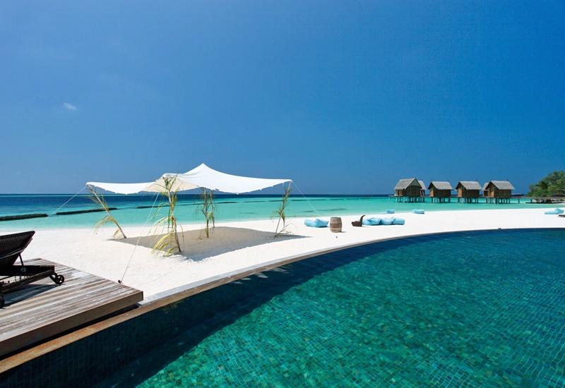 Oturma Alanları, Constance Moofushi Maldivler