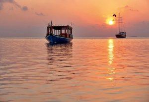 Tekne, Constance Moofushi Maldivler