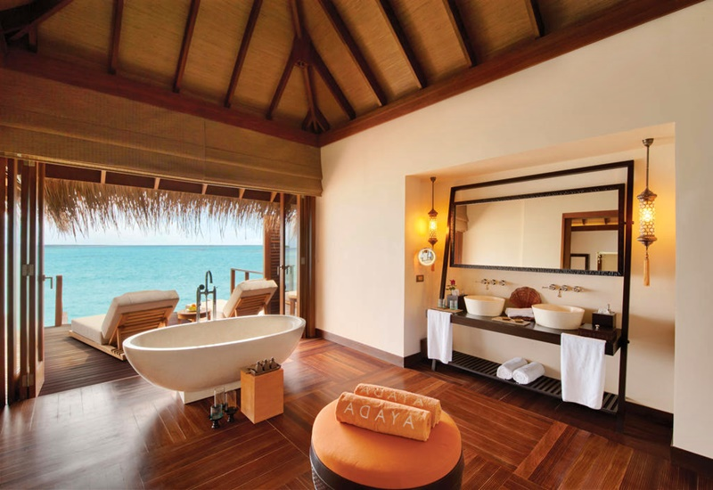 Water Villa Banyo, Ayada Resort Maldivler