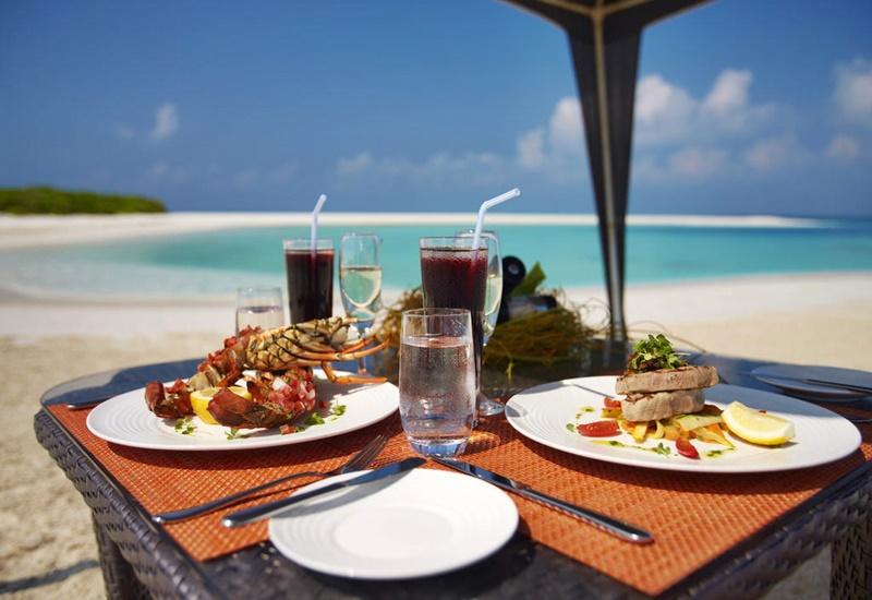 Yemek, Anantara Kihavah Maldives Villas