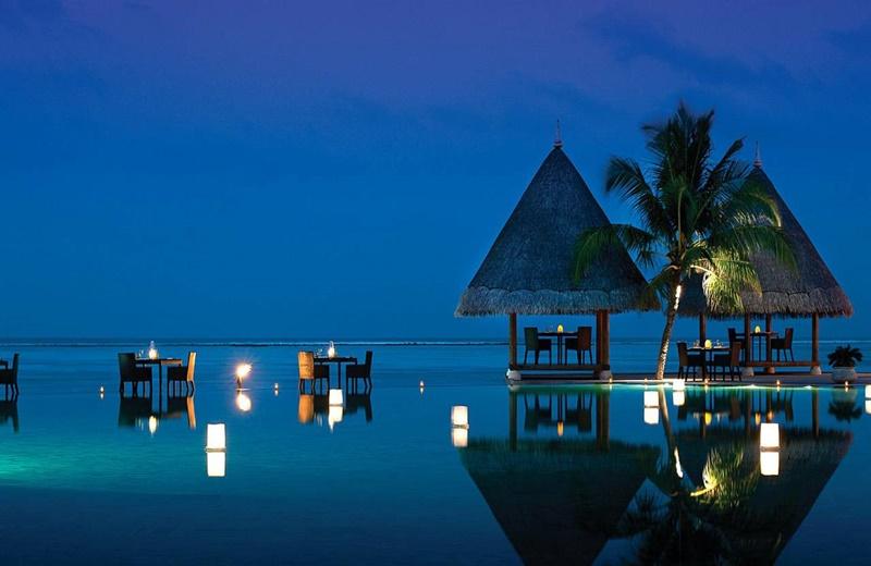 Açık Restoran, Four Seasons Kuda Huraa Resort Maldives