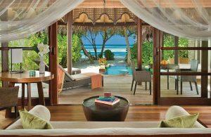 Beach Villa, Four Seasons Kuda Huraa Resort Maldivler