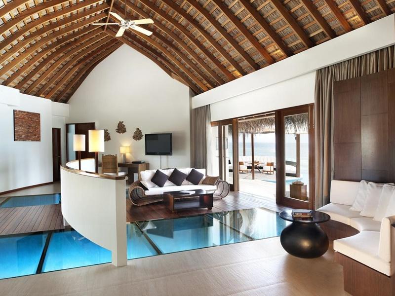 Evler, W Retreat, Maldivler