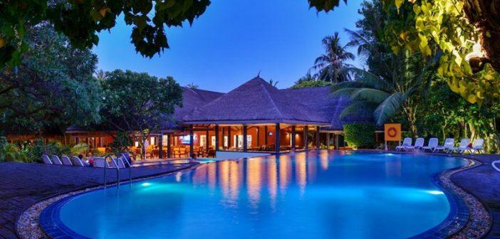 Ortak Havuz, Adaaran Select Hudhuranfushi Maldives