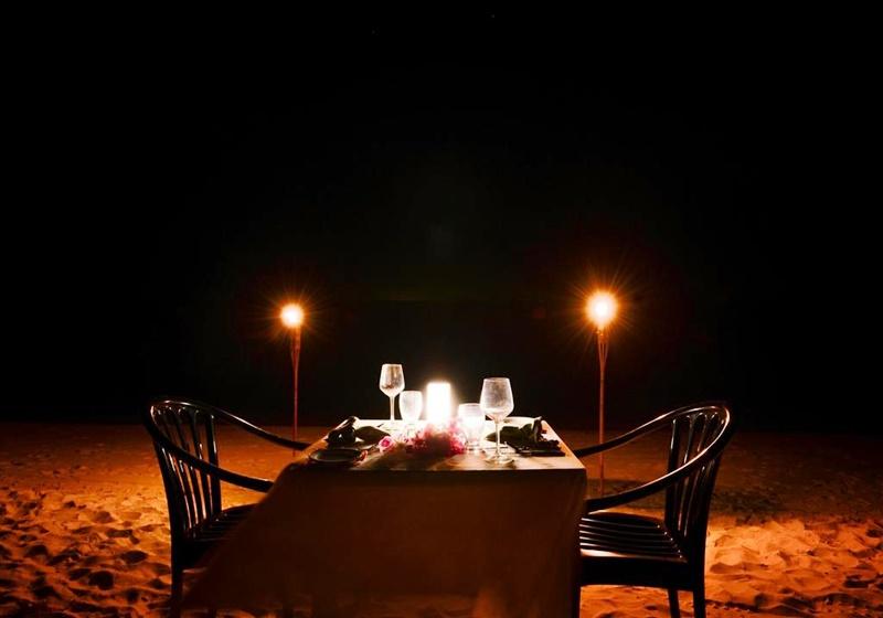 Özel Akşam Yemeği, Adaaran Club Rannalhi Maldives
