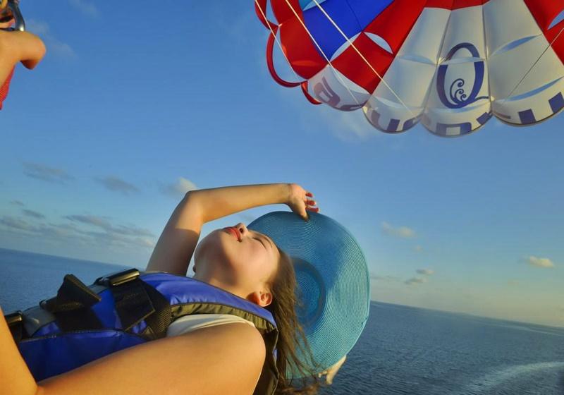 Paraşütle Atlama, Sun Island Resort Maldives