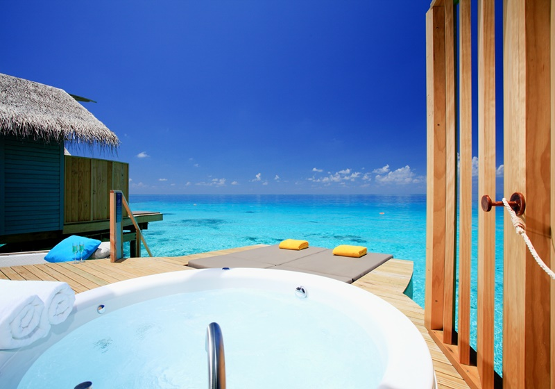 Water Villa Banyo, Centara Ras Fushi Maldives