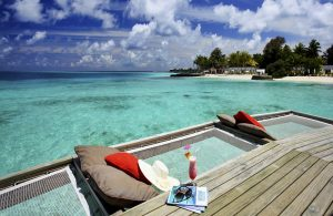 Water Villa Güneşlenme Alanları, Centara Ras Fushi Maldives