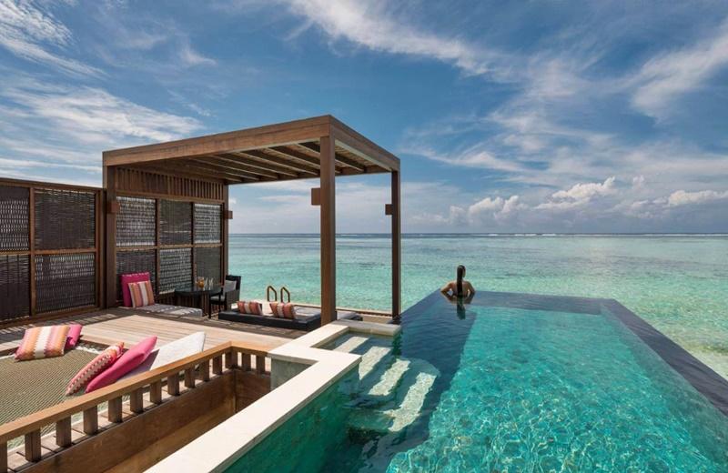 Water Villa Havuz, Four Seasons Kuda Huraa Maldivler