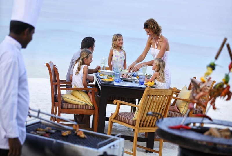 Yemek, Four Seasons Kuda Huraa Maldives
